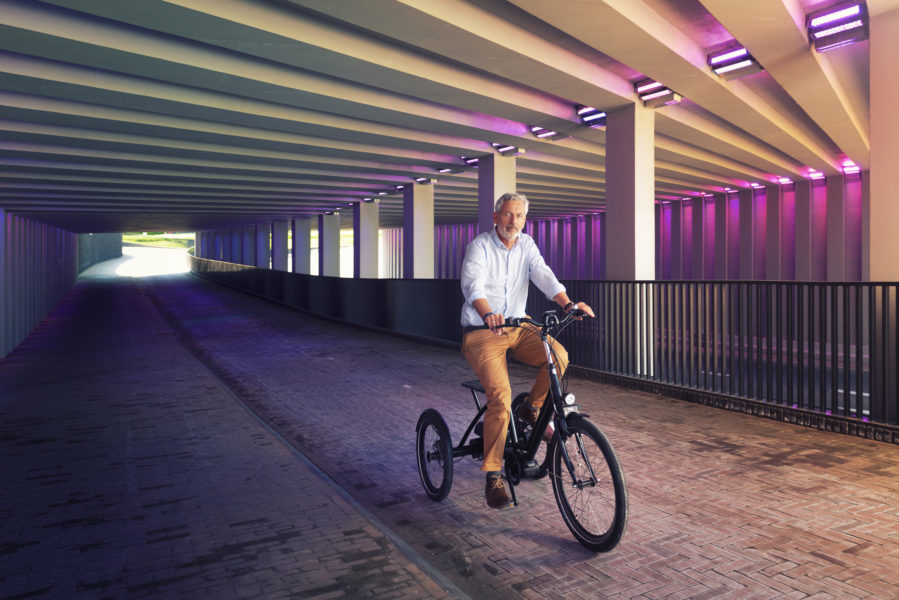 Driewielfiets in parkeergarage